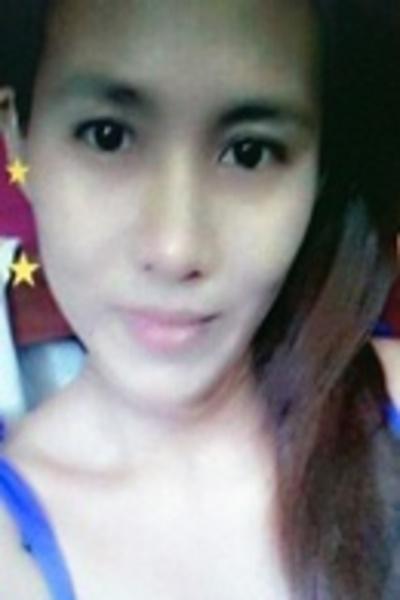 ユーモアのセンスがある楽しいフィリピン女性20代