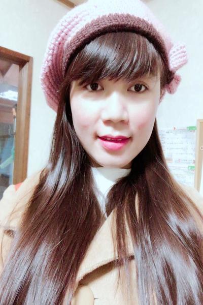 鳥取県在中のお化粧に興味を持っているベトナム女性30代