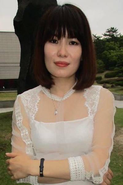 広島在中落ち着きのあるベトナム女性20代
