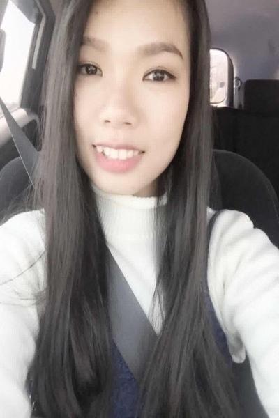 愛知県在中黒髪のきれいなベトナム女性20代