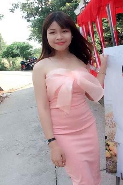 清楚なベトナム女性20代