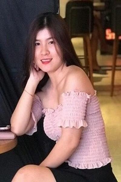 妹思いのベトナム女性20代