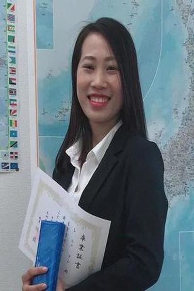 福岡県在中長い黒髪が自慢のベトナム女性20代