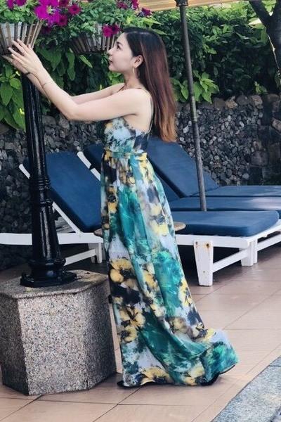 絵になるお洒落なベトナム女性20代