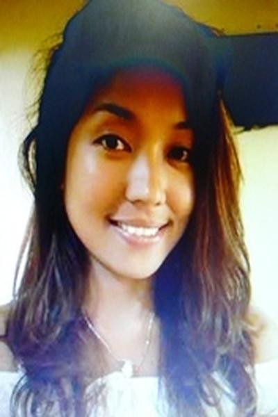 シンプルで自立心の強いフィリピン女性20代
