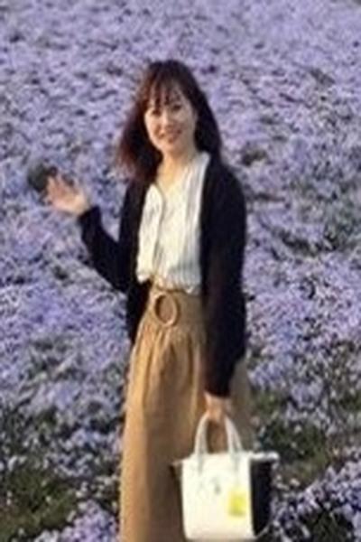 神奈川県在中清楚で誠実なえくぼの可愛いベトナム女性20代
