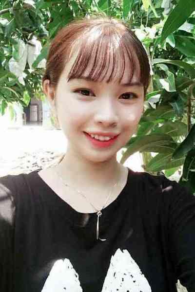 チャーミングなベトナム女性10代