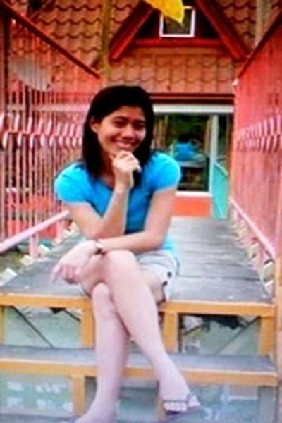周りを明るくしてくれるフィリピン女性20代