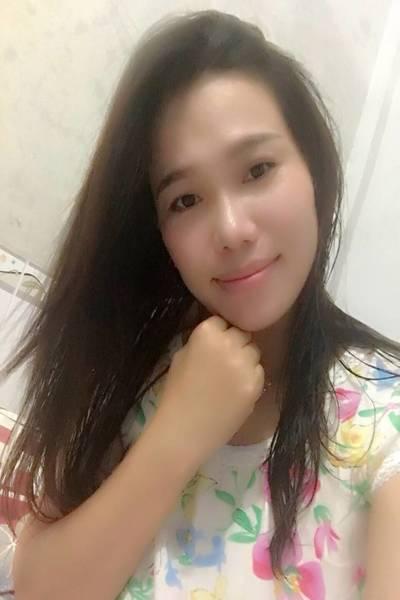 英語と中国語が得意なベトナム女性30代