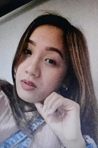 外交的でユーモアのセンスがあるフィリピン女性20代