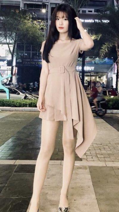 東京在中の足の綺麗なベトナム女性20代 急募!!