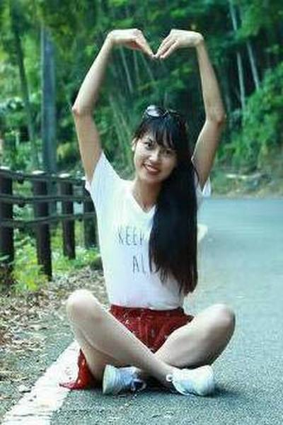 熊本県在中の長い黒髪が自慢のベトナム女性20代