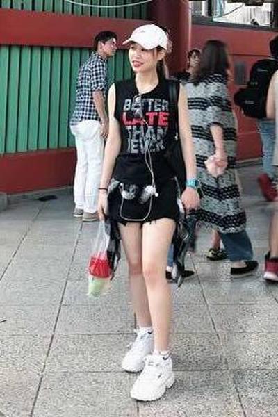 埼玉県在中のおしゃれなベトナム女性20代