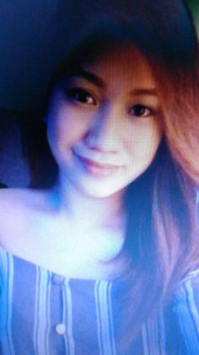 おしゃれなフィリピン女性20代