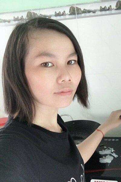 素朴で真面目な頑張り屋のベトナム女性20代