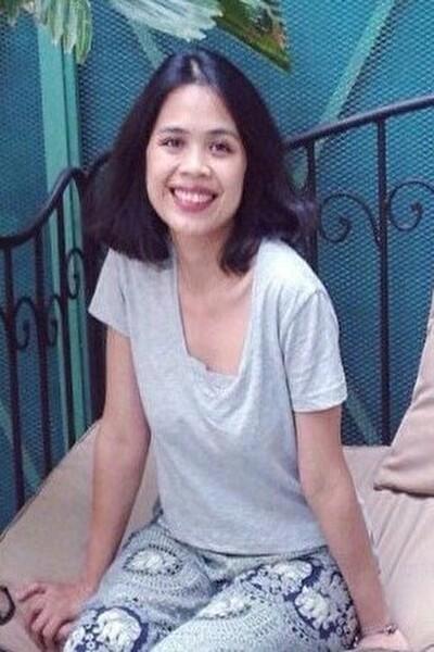 面倒見の良い明るいベトナム女性30代