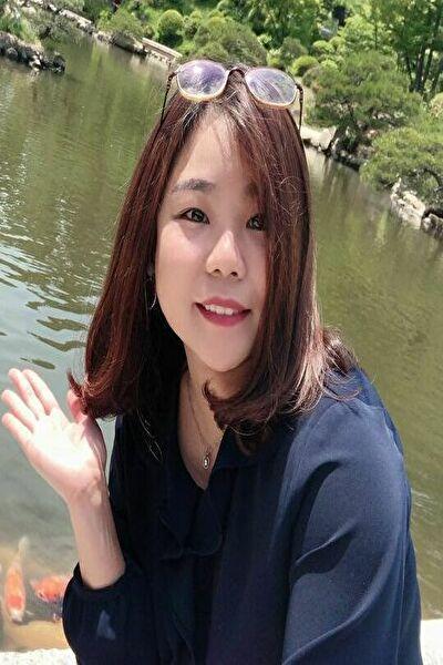 大阪在中の小柄でぽっちゃりなベトナム女性20代