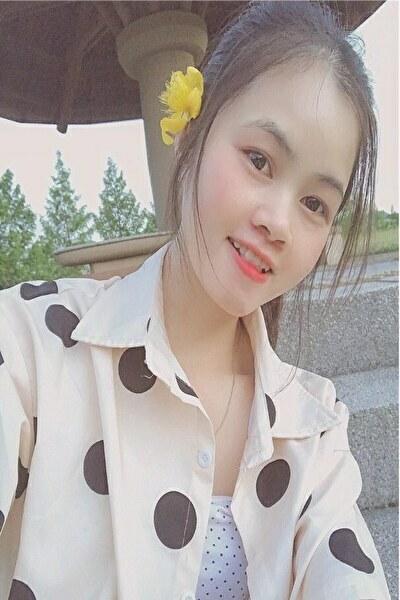 秋田県在中色白の可愛いベトナム女性20代