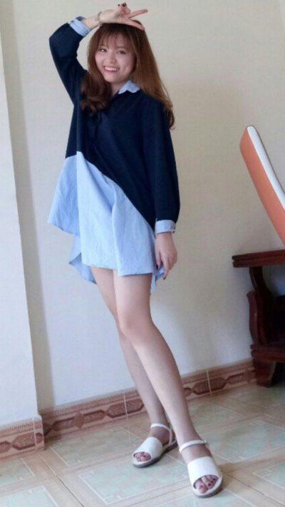 脚の綺麗なベトナム女性20代