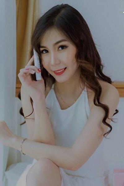 お洒落でセンスのあるベトナム女性20代