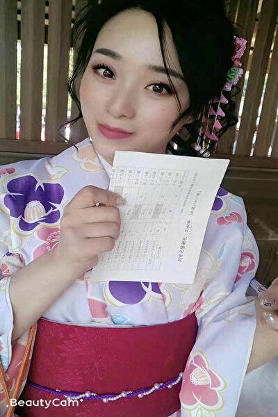 日本に観光経験がある大連在中の綺麗な中国女性30代
