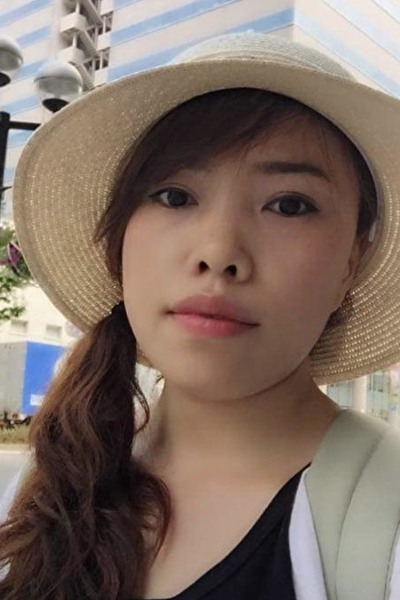 大阪在中の小柄で頑張り屋の在日ベトナム女性30代