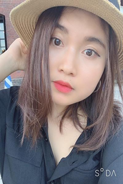 東京在中の小柄で可愛い在日ベトナム女性20代