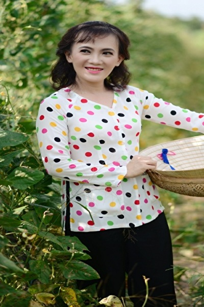日本語と英語が話せるベトナム女性30代