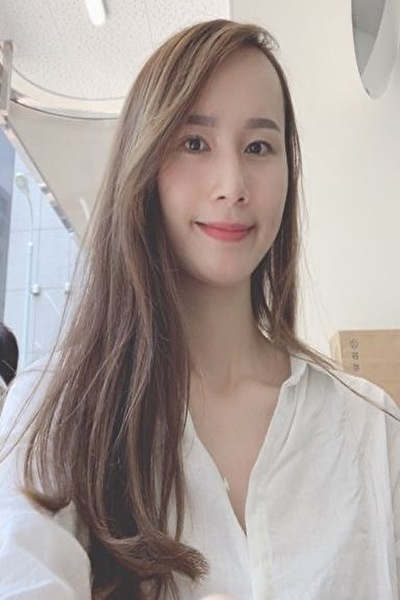 東京在中の明るくて社交的なベトナム女性20代