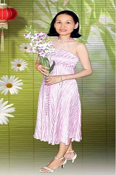 家族の世話が好きな面倒見の良いベトナム女性30代