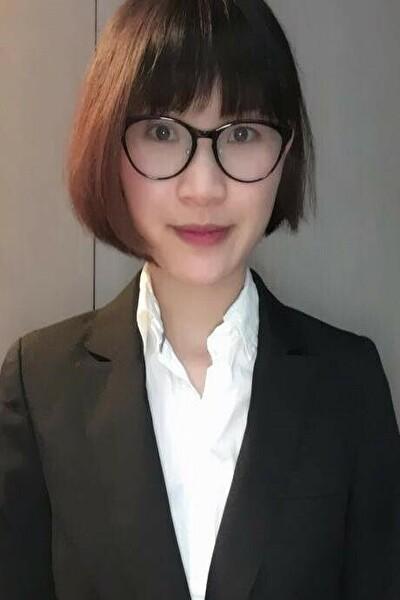東京在中の知的な在日ベトナム女性20代