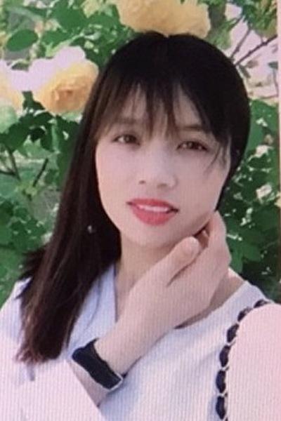 岡山県在中の少々控えめで優しいベトナム女性20代