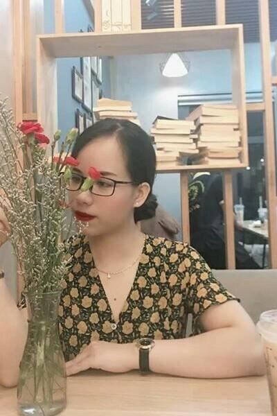日本に研修経験があるお洒落なベトナム女性30代