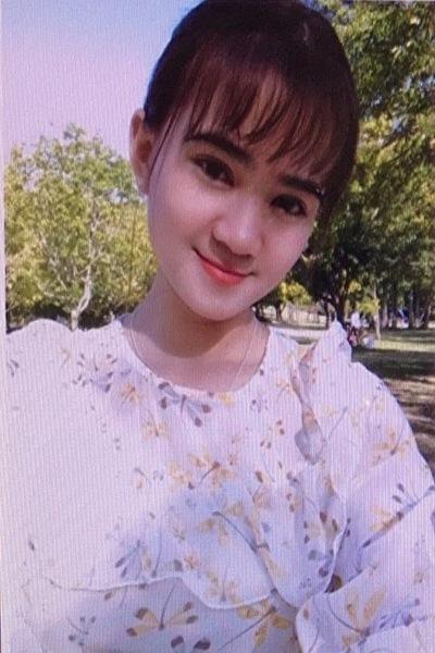 愛知県在中の瞳の大きな可愛いいベトナム女性20代