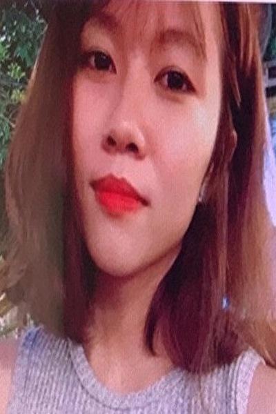 佐賀県在中の小柄で可愛いベトナム女性20代