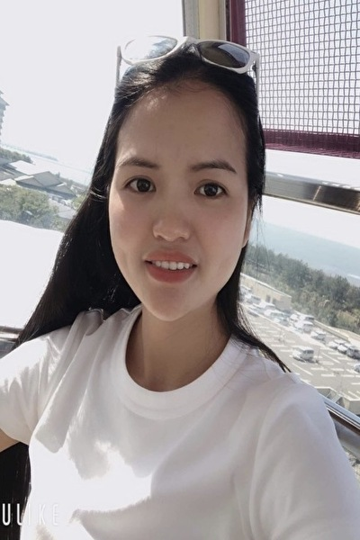 愛知県在中の清楚で明るいベトナム女性20代