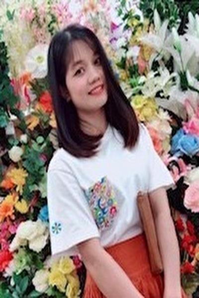 兵庫県在中の小柄で頑張り屋のベトナム女性30代