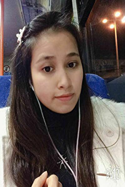 大阪在中のチャーミングなベトナム女性20代