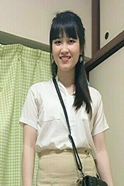 大阪在中のグルメの好きなベトナム女性20代
