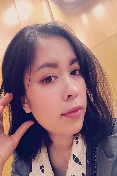 東京在中の清楚で誠実なベトナム女性30代(SAM146)