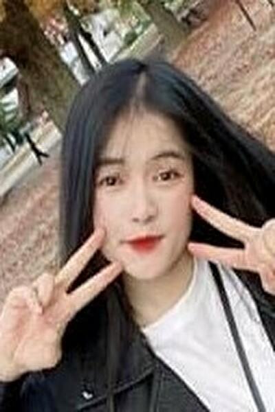 岡山県在中の黒髪の綺麗なベトナム女性20代(SAM94)