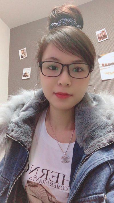 大阪在中の明るいベトナム女性20代(JP219)